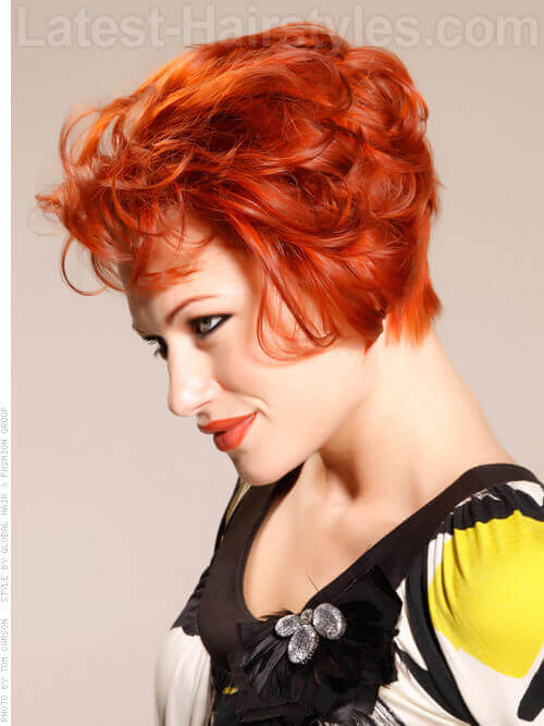 Sexy Short Red Hairstyle for Women