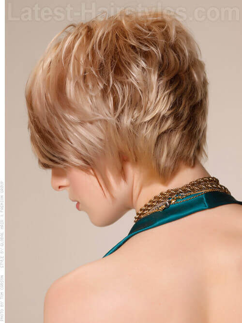 Light Blonde Short Haircut