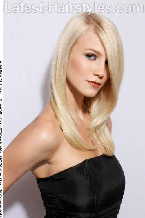Blonde Long Hairstyle with Shiny Finish