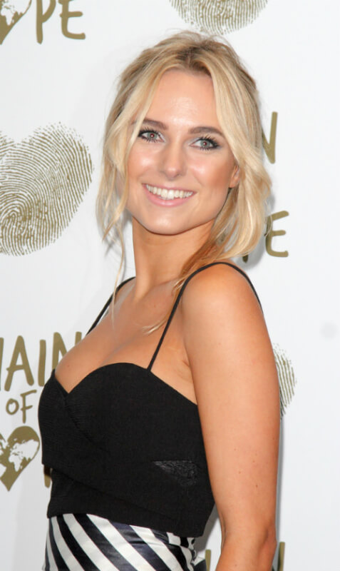Kimberly Garner Laid Back Hairstyle