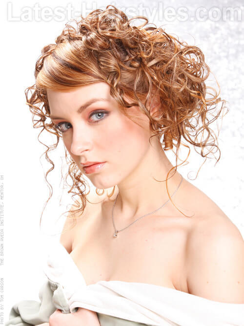 side curls hair styles a must list curly hairstyles throughout winter 9965
