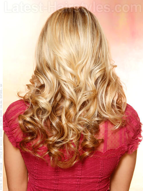 Long-Hairstyle-with-Curls-and-Sunkissed-Highlights-Back-View