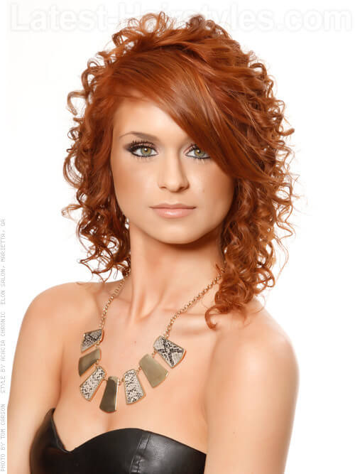 Soft Copper Hairstyle with Curls