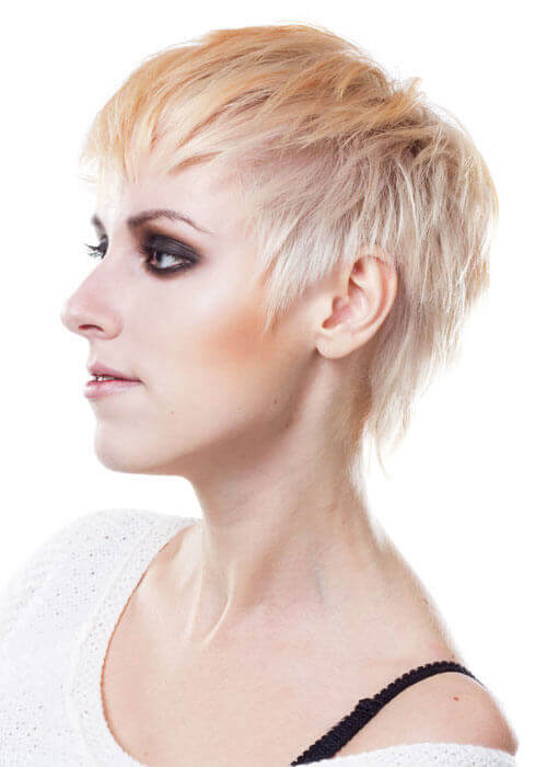 Peach Perfect Cropped Blonde Look