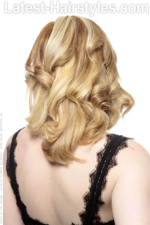 Beautiful Medium Hairstyle with Curls Back