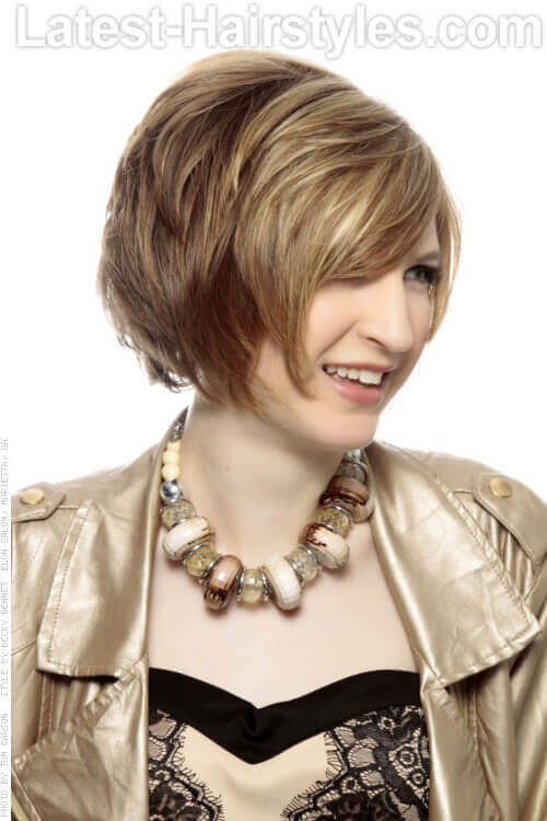 Color Blocked Bob Short Hairstyle For Spring