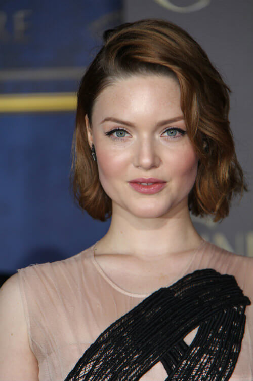 Holliday Grainger Classic Bob with Waves