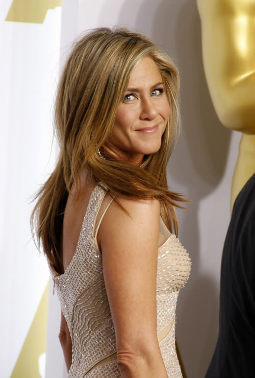 Jennifer Anniston Spring Hairstyle with Volume and Texture