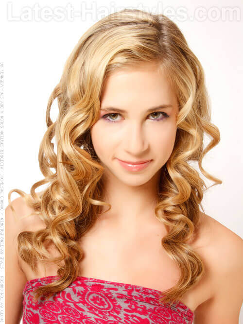 Long Blonde Cute Prom Hairstyle with Large Defined Curls
