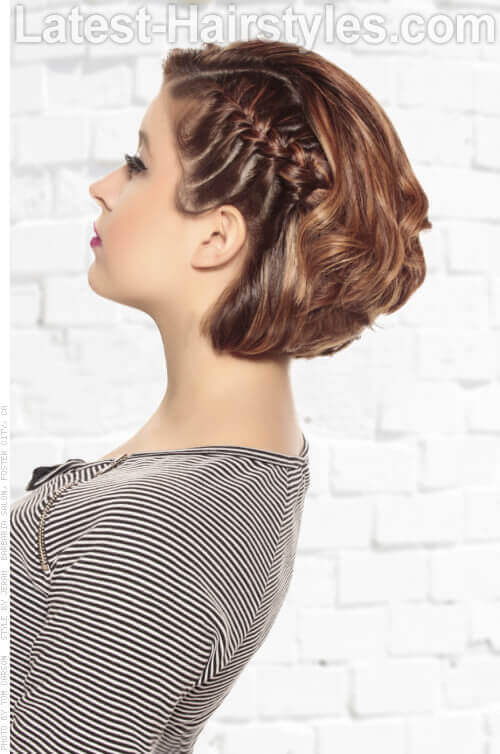 Playful Hairstyle for Spring with Braids Side