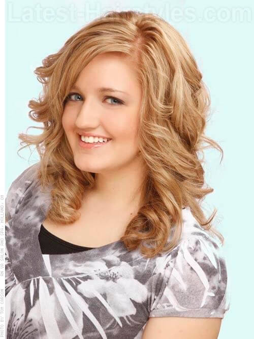 Beige Blonde Pretty Blonde Style with Volume Side View