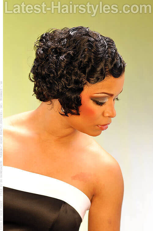 Fabulous Finger Waves Shiny Look