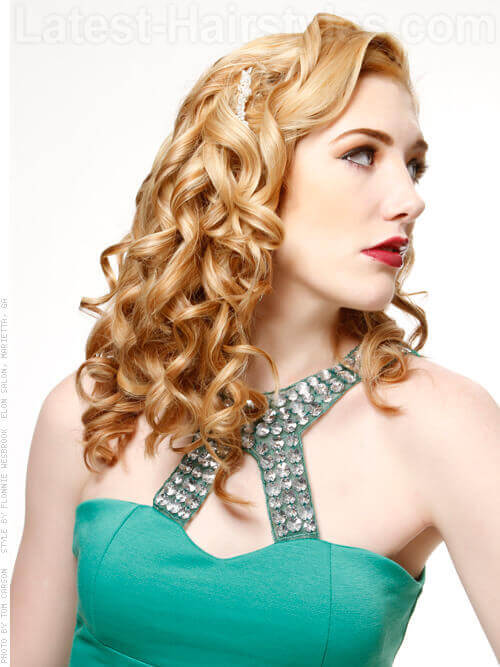 Glam Goddess Pretty Style with Corkscrew Curls