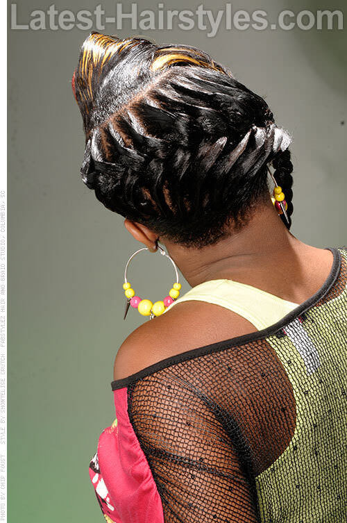Ridged Design Pretty Look For Long Hair Back View