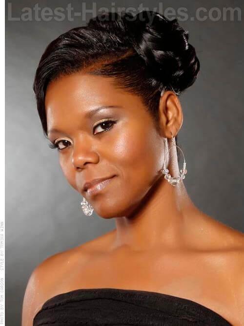 Elegant Side Swept African American wedding hairstyles