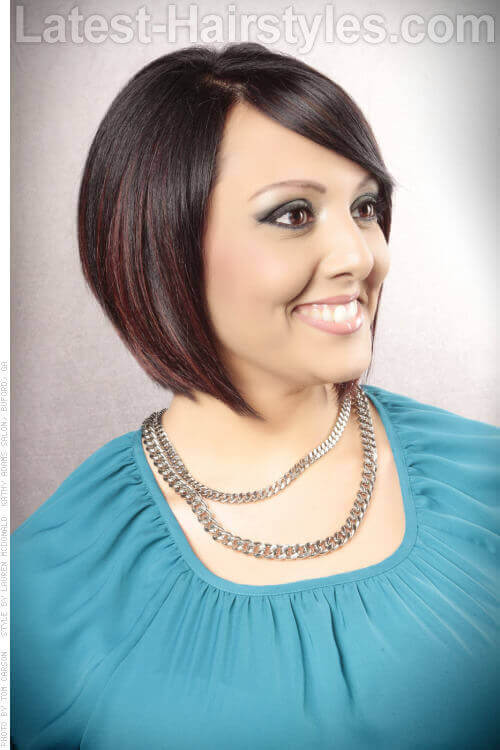 Short Angled Cute Bob Hairstyle with Highlights