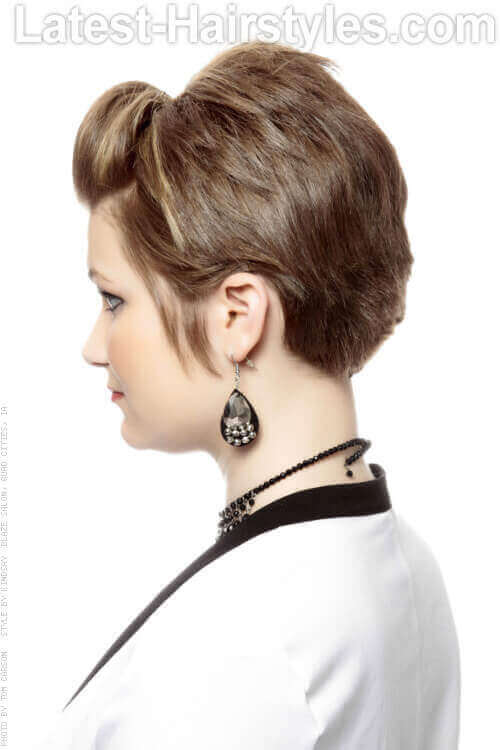 Short Fashionable Hairstyle With Small Pouf Side View Style By Kindsay Blaze Hair Color Salon Quad Cities Ia