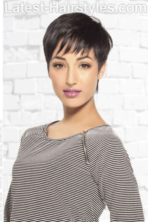 Short Hairstyle with Pieced Out Bangs