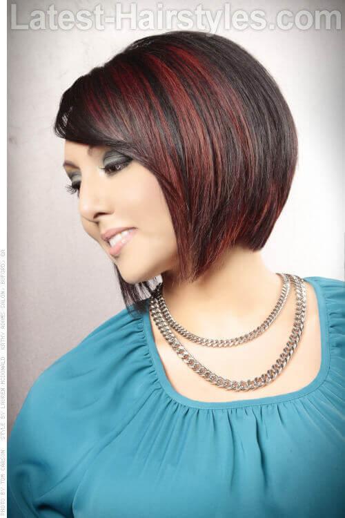 Sleek Bob Hairstyle with Highlights