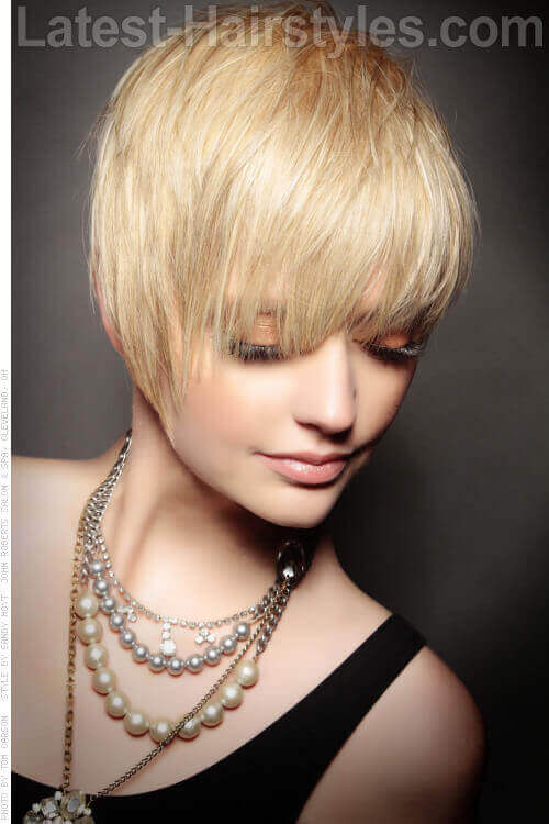 Textured Crop Cute Hairstyle with Shine