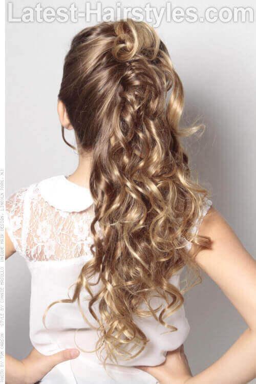 The Prettiest Half Up Half Down Wedding Hairstyles We've