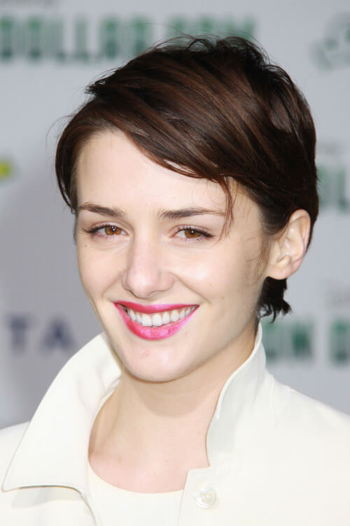 Addison Timlin Short Side Part Hairstyle
