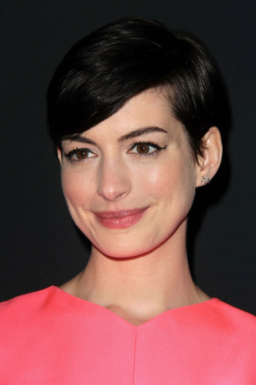 Anne Hathaway Short Hairstyle with Extreme Side Part