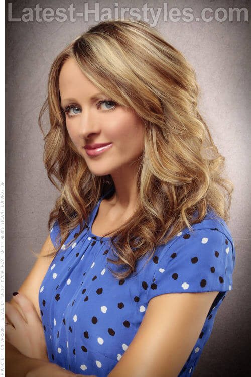 Beachy Blonde Haircolor with Brown Lowlights Side View