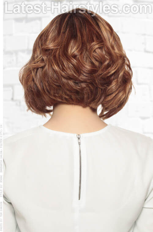 Shag Hairstyle with Caramel Highlights and Waves Back View