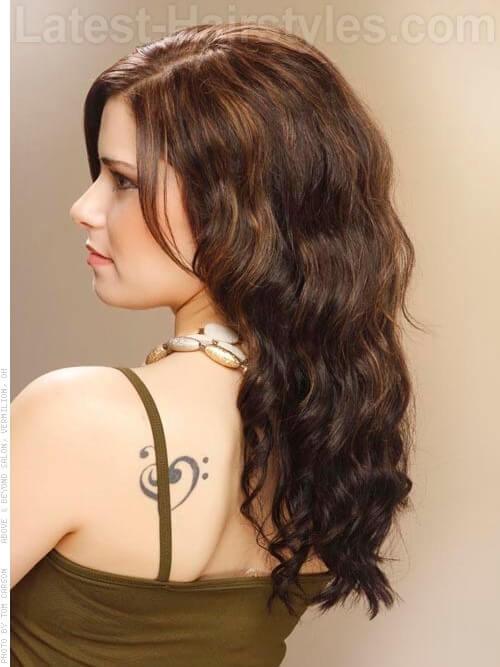 Brunette Haircolor for Summer with Highlights Side