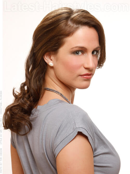 Brunette Haircolor with dimension