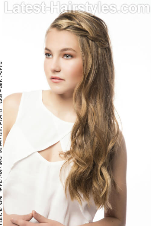 Long Blonde Hairstyle with Braid for Summer Side