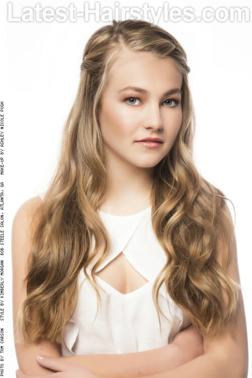 Long Blonde Hairstyle with Braid for Summer