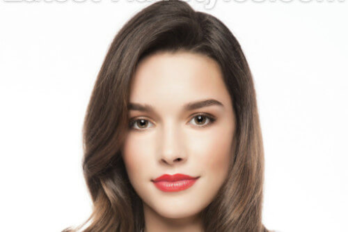 Medium Hairstyle with Waves