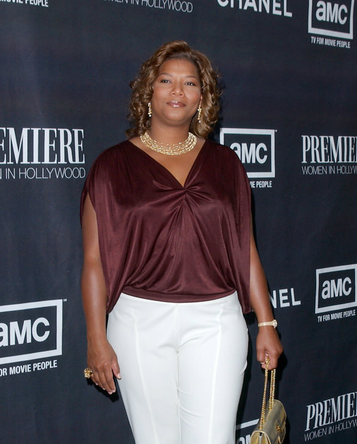 Queen Latifah Curly Hairstyle with Honey Blonde Color