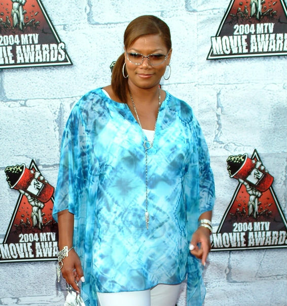 Queen Latifah Hair With Side Swept Ponytail