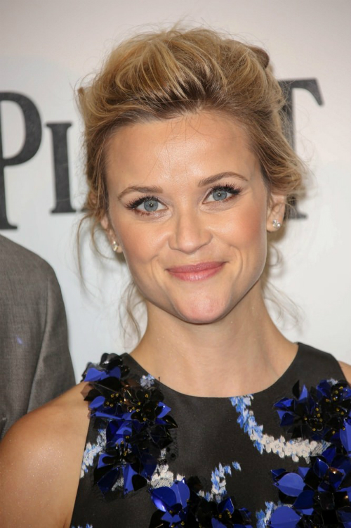 Reese Witherspoon Updo