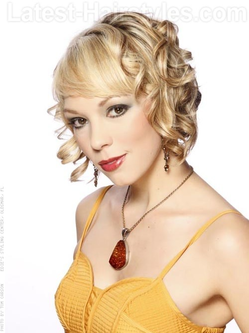 Short Blonde Curled Bob Hairstyle