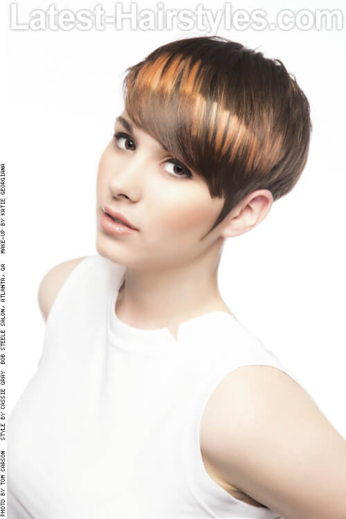Short Summer Hairstyle with Pixelated Color