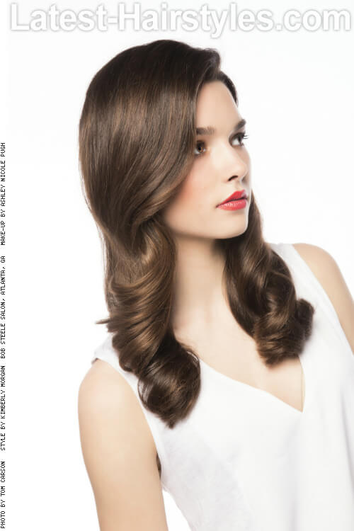 Timeless Long Hairstyle with Classic Curls Side