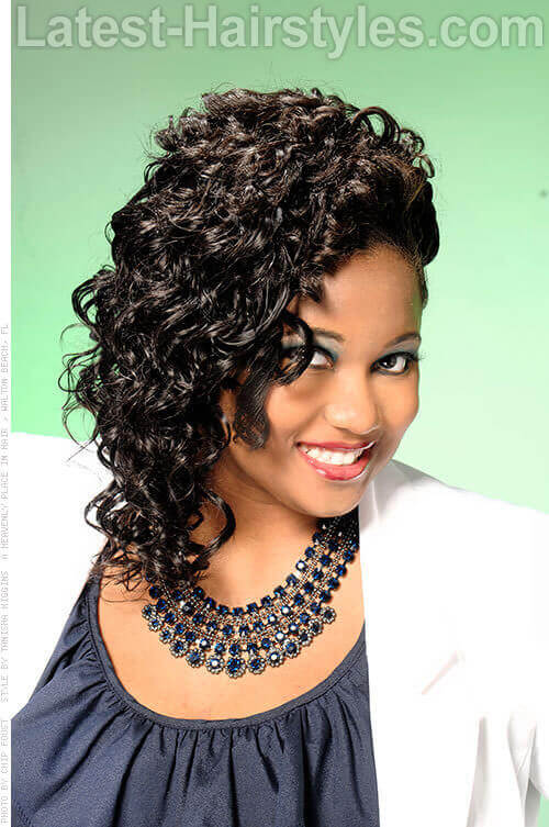 Curly Hairstyle with Deep Side Part