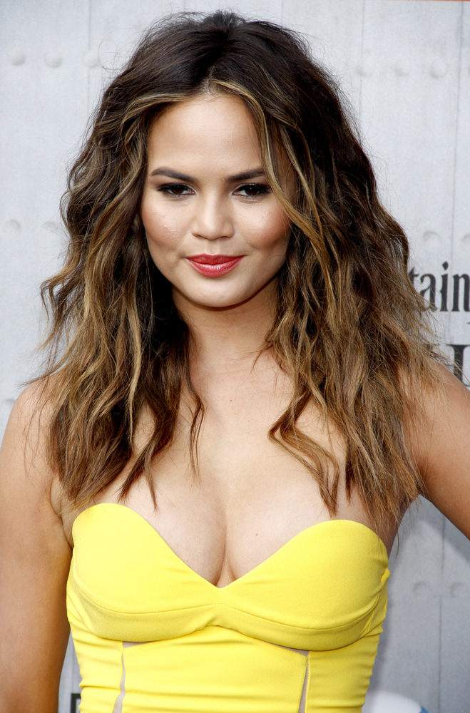 Hot Weather Hairstyles - Natural Waves