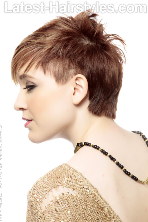 Short Choppy Hairstyle with Fringe Side