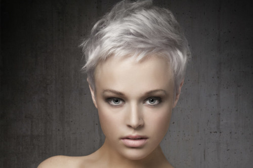 Short Pixie Hairstyle for Round Faces