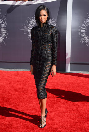 Keeping It Chic With Chanel Iman Straight Hair