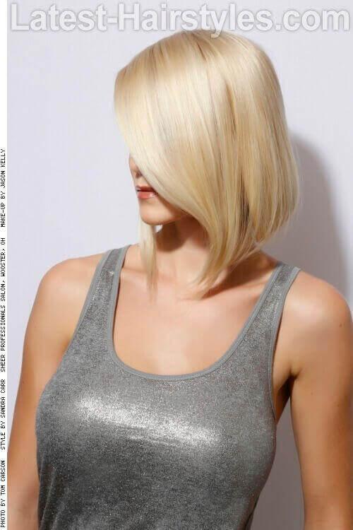 Blonde Silky Bob Side