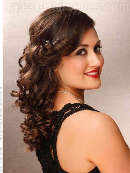 Classic Long Hairstyle with Curls and Bangs Side