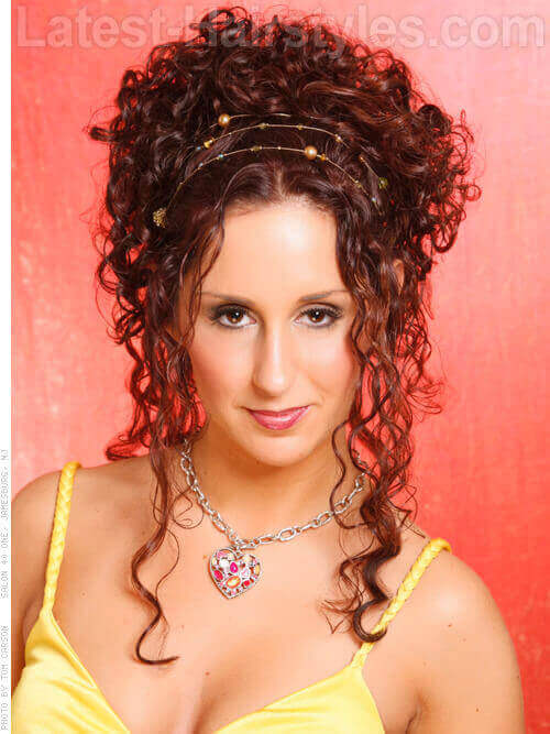 Awe Inspiring Show Off Your Beautiful Curls With These Curly Hair Updos Short Hairstyles Gunalazisus