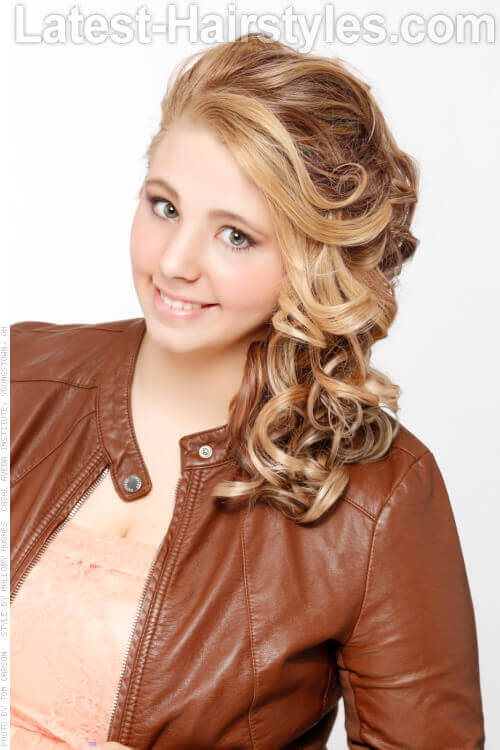 Side Swept Hairstyle with Curls