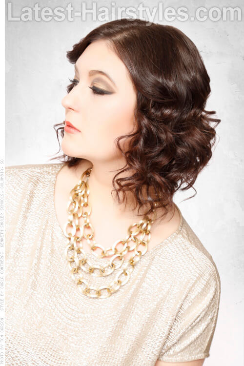 Medium Hairstyle with Curls Side
